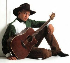 Celebrities Wearing Boots - Garth Brooks Wearing Cowboy boots